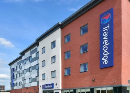 Travelodge West Bromwich_Crop